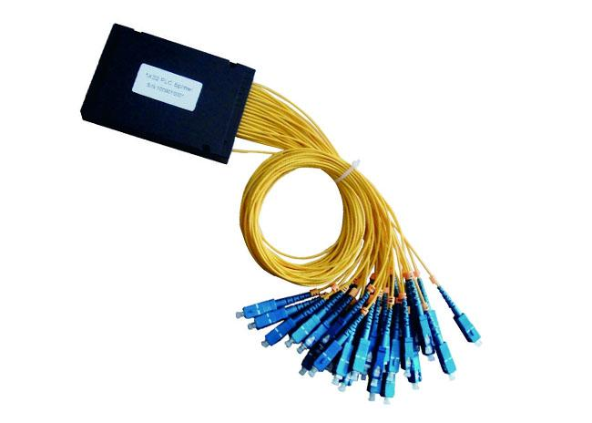1X32 SC UPC/APC ABS Planar Lightwave Circuit optical cable splitter with Equal Ratio Output for FTTH